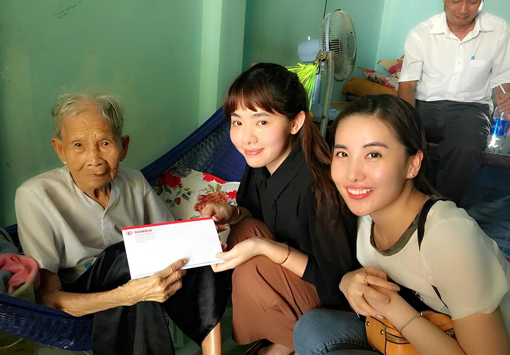 Thăm Mẹ Việt Nam Anh Hùng Lần 5