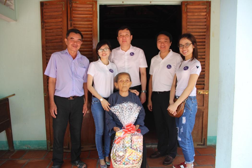 Công Ty Daehan Motors thăm và tặng quà tết cho 5 Mẹ Việt Nam Anh Hùng - Lần 2