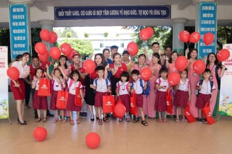 Món Quà Ý Nghĩa Ngày Khai Trường Tại Vùng Đất Thép Củ Chi